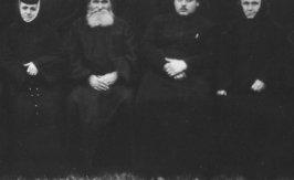 Starete, preoti slujitori si duhovnici ai manastirii