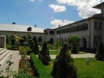 Manastirea Ciorogarla - Chilii